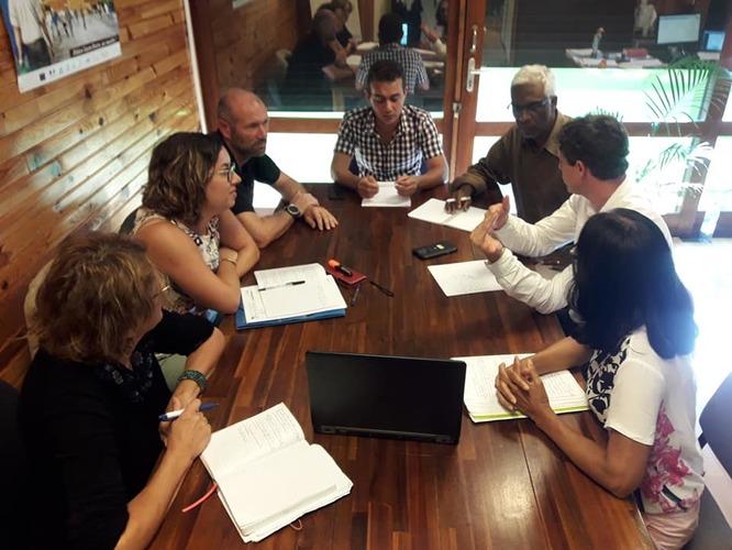 Réunion entre l'ACR, la Chambre agriculture de La Réunion et l'ARMEFLHOR